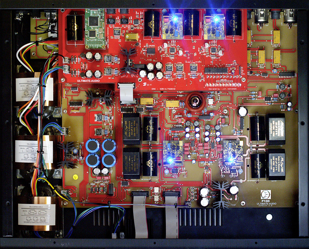 Pré-amplificateur P-100 : Intérieur
